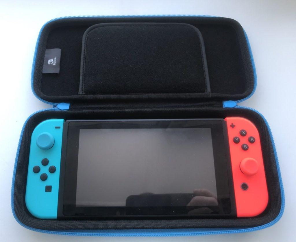 Спецвыпуск #1 - Обзор 5-ти чехлов для Nintendo Switch от HORI + розыгрыш 11