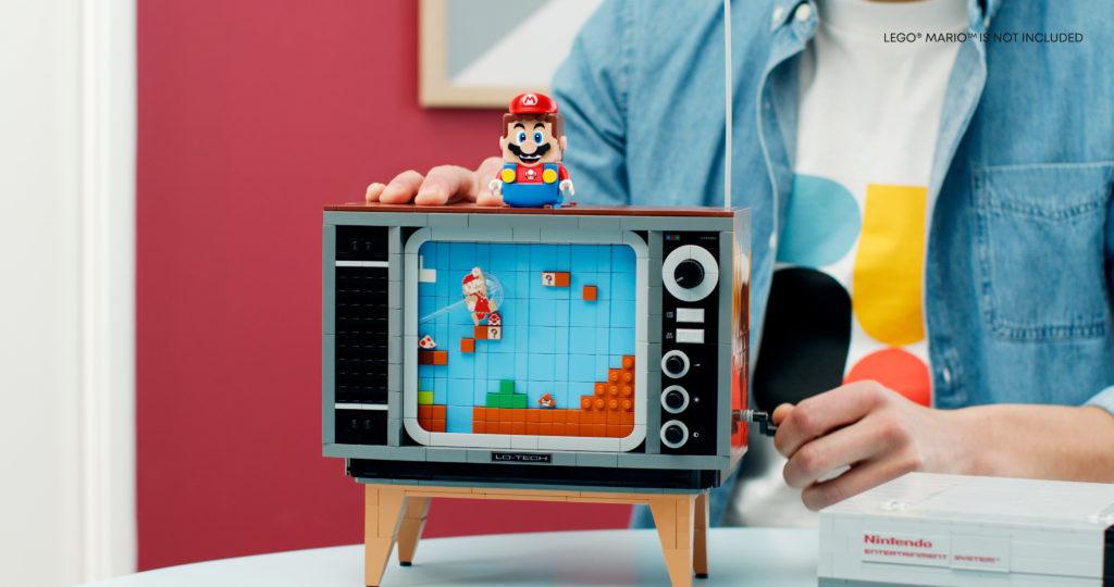 Назад в будущее - анонс игровой консоли Nintendo Entertainment System и ретро-телевизор из кубиков LEGO 1