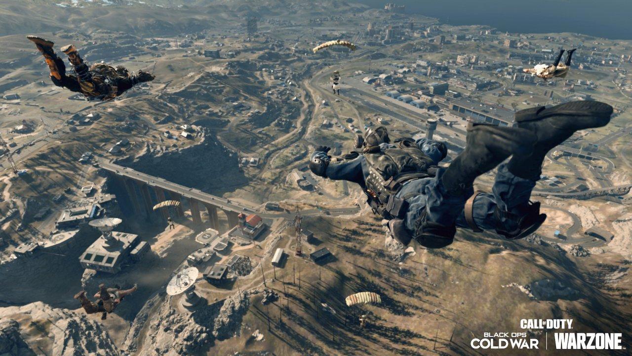 """Call of Duty: Warzone переносится в 1984 год - для загрузки стало доступно самое крупное обновление в истории """"королевской битвы"""" 2"""